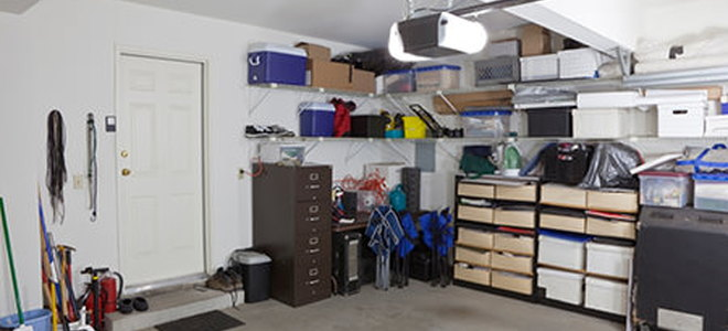 Effective Garage Shelving Ideas