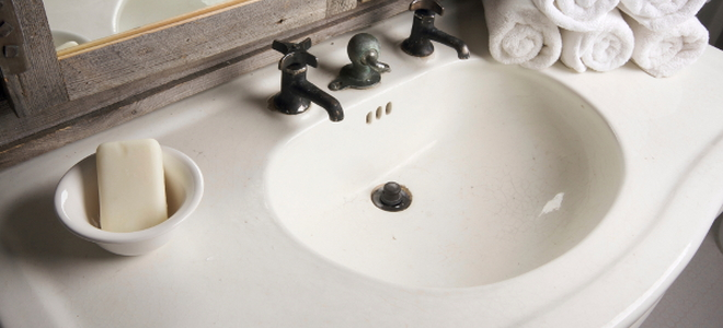 The Best Way To Polish A Bathroom Countertop Varies Depending On The Type  Material From Which It ...