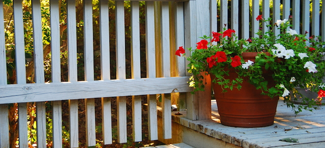 How To Paint A Wood Porch Railing
