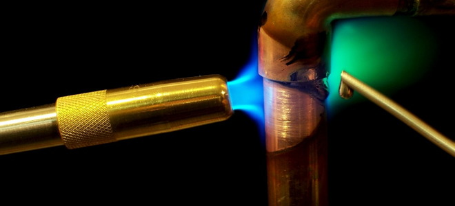 How To Cut And Join Copper Pipe Doityourself Com