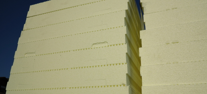 Cutting rigid foam board insulation - Polystyrene insulation step by step ...