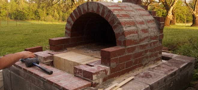 diy an outdoor pizza oven. Black Bedroom Furniture Sets. Home Design Ideas