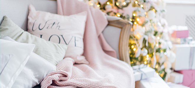 Cozy chic pink Christmas decorations