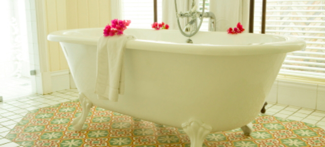 How to Replace Clawfoot Tub Feet | DoItYourself.com