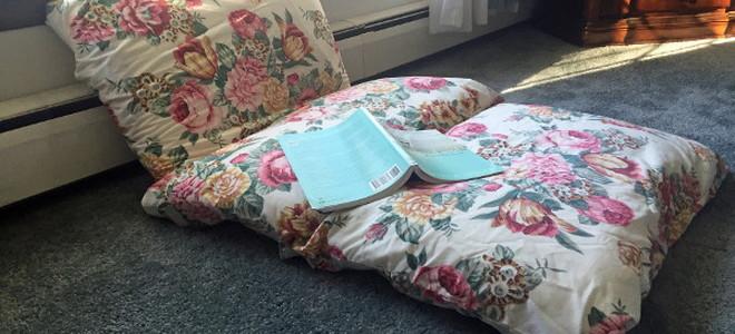 diy a portable child's bed | doityourself Diy Pillow Bed