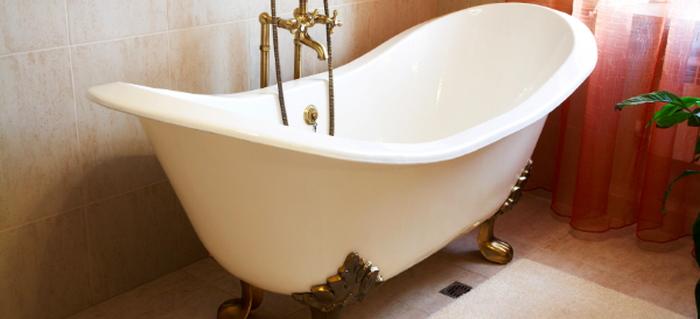 How to Refurbish an Old Clawfoot Bathtub | DoItYourself.com