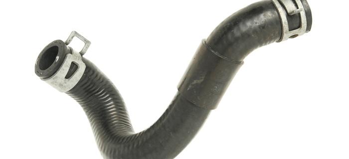 AdobeStock_49308352 387962 pros and cons of using a silicone radiator hose doityourself com