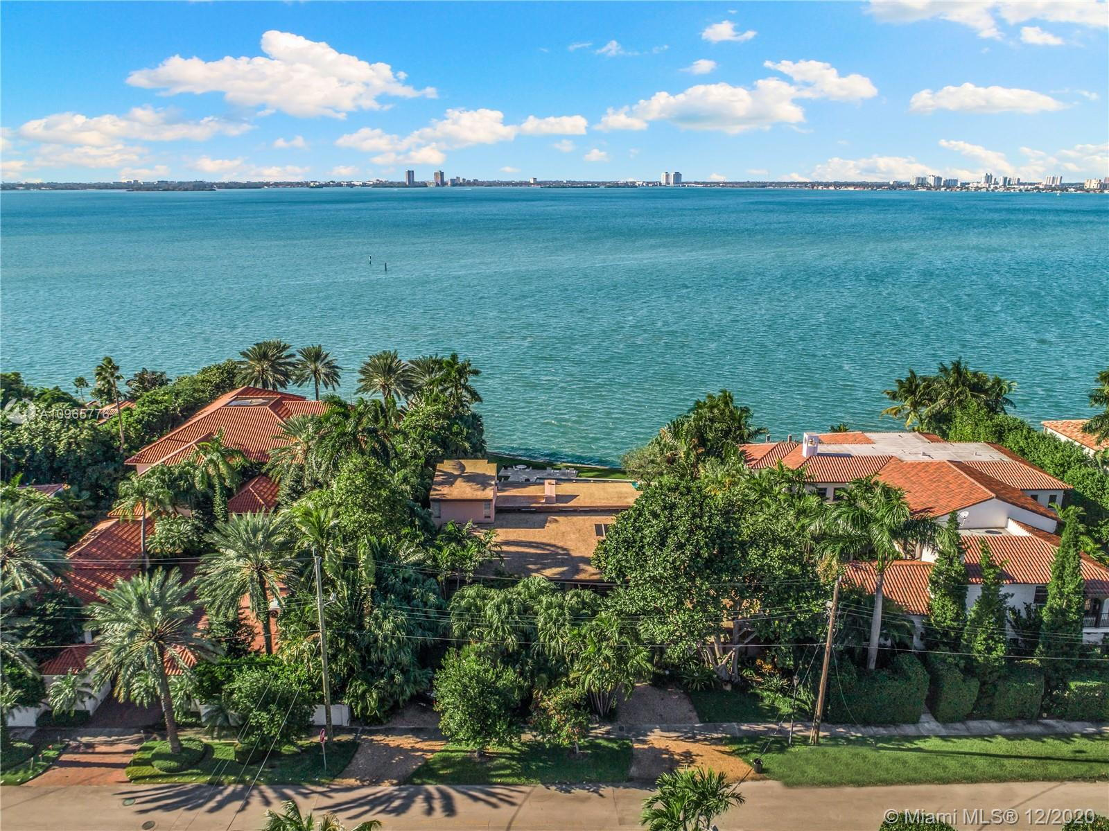 Aerial view of supermodel Cindy Crawford's new Miami mansion, located in the city's uber-exclusive North Bay Road.