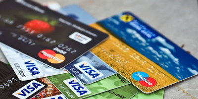 How  to  Avoid  Common  Credit  Card  Risks