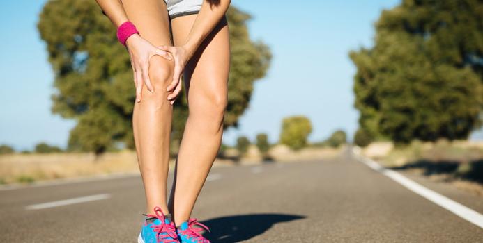 knee pain_000035605446_Small.jpg