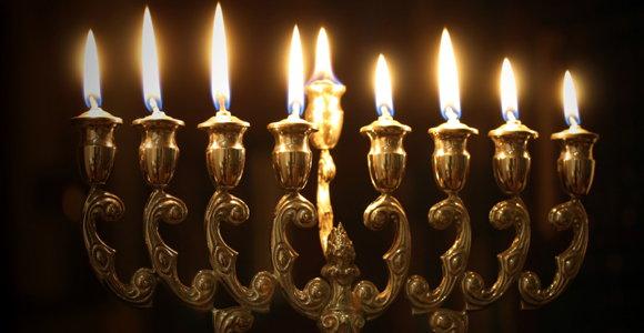 10_Hanukkah.jpg