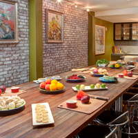 Hotels with Must-Try Restaurants in Savannah