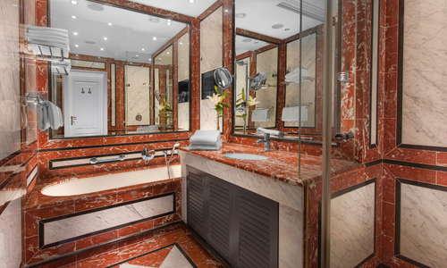 Art Nouveau Suite 701 - Bathroom