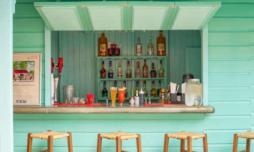 Colin's Bar