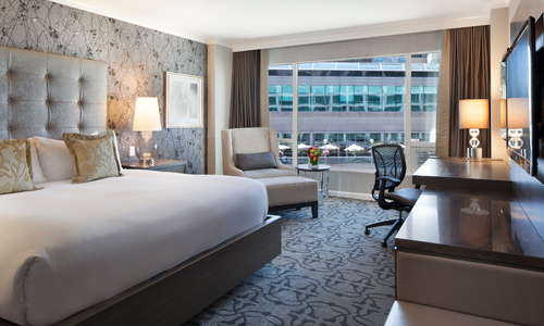 Fairmont Gold City View Room