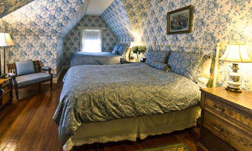 Room 12, Junior Suite, 2 Queen Beds, 3rd floor