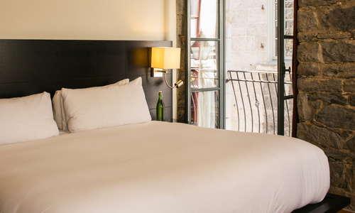Le Petit Hotel Expert Review