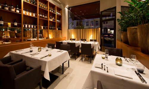 Restaurant DUKE / booth
