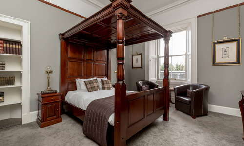 Premier Jacobean room solid mahogany bed and furniture, Smart tvs dab Bluetooth radio and much more