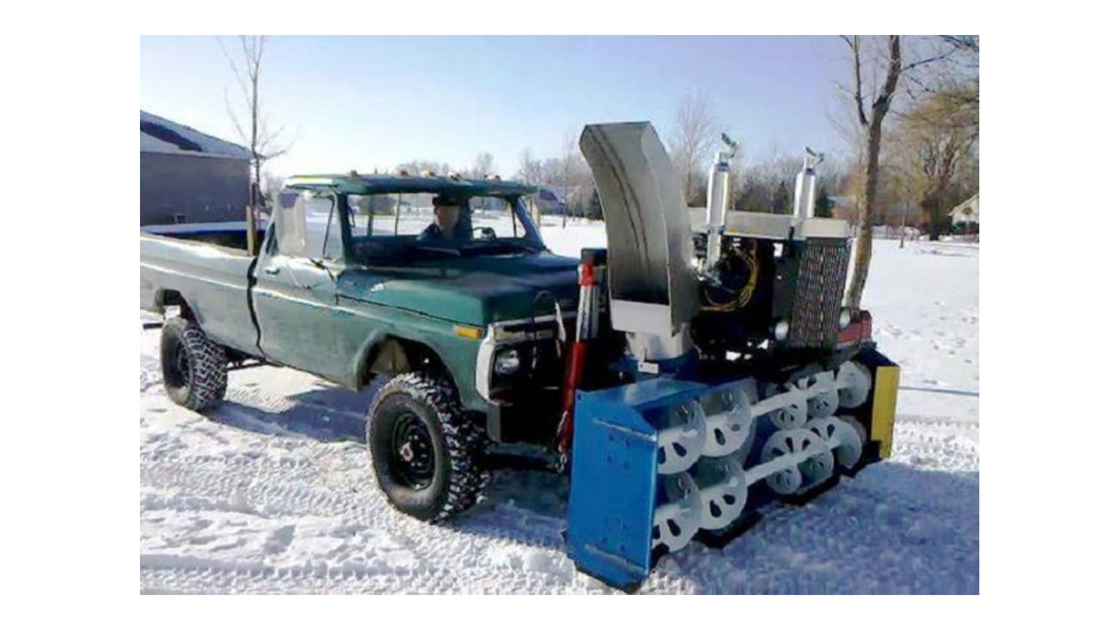 Self Contained 302 Powered Snow Blower