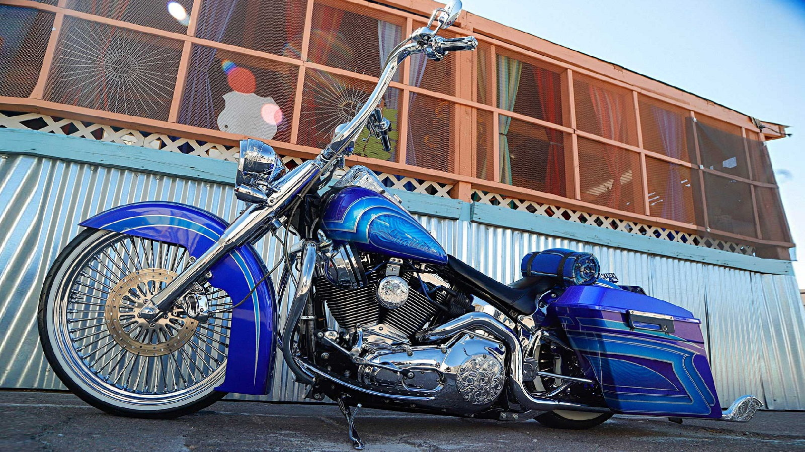 2006 Lowrider Deluxe Made for Cruising