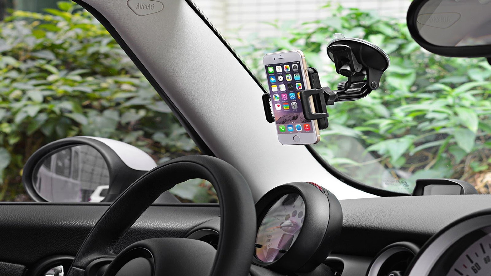 Windshield iPhone Mount