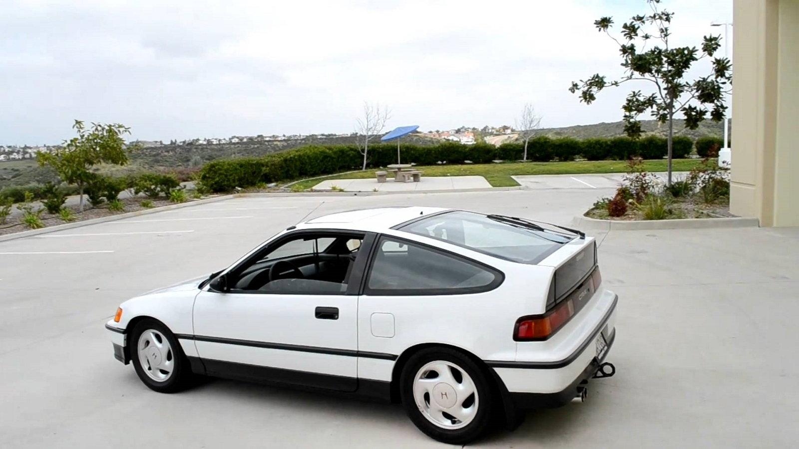 4. Do you like old cars?
