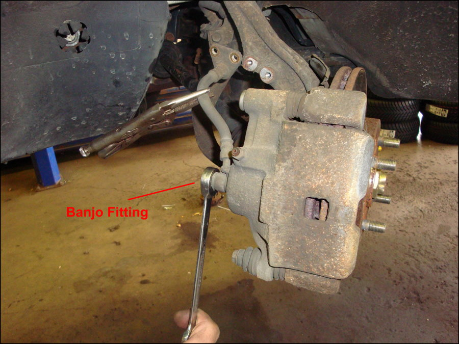 Jeep Wrangler Jk 2007 To Present How To Replace Brake Pads