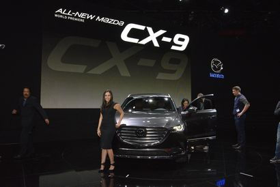 2016 Mazda CX-9 Signature intro at the 2015 Los Angeles Auto Show