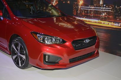2017 Subaru Impreza front fascia detail