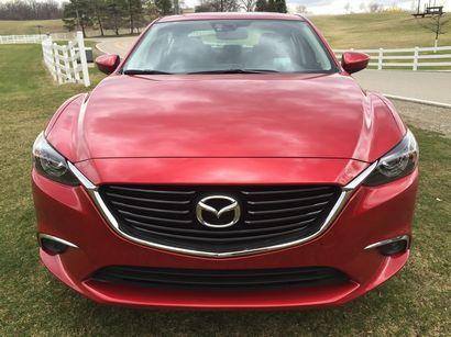 2016 Mazda Mazda6 Grand Touring front fascia detail