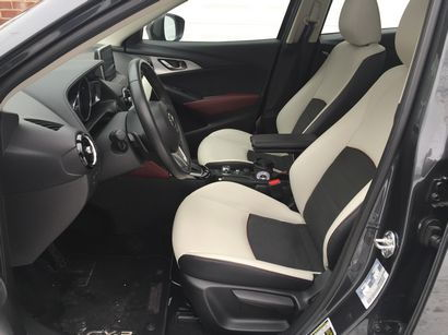 2016 Mazda CX-3 Grand Touring AWD front seating detail