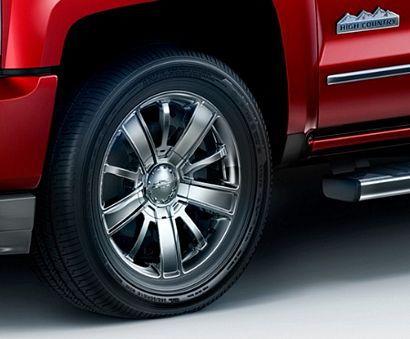 2017 Chevrolet Silverado 1500 High Country High Desert alloy wheel