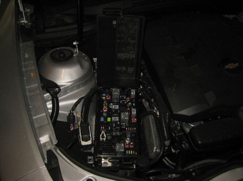 engine compartment fuse box open 2015 139210 underhood fuse box removal under hood fuse box diagram \u2022 wiring  at gsmx.co