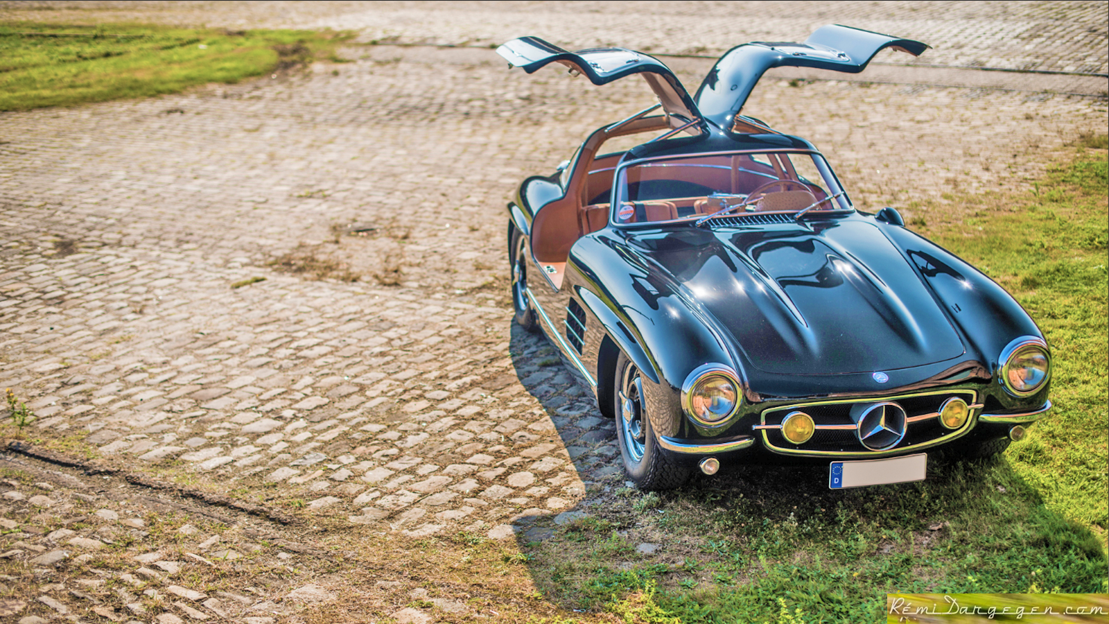 Distraught Owner Seeks His Stolen 300SL Gullwing