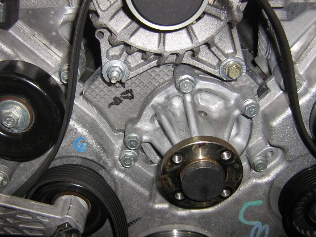 how to change fuel pump mustang gt 2005