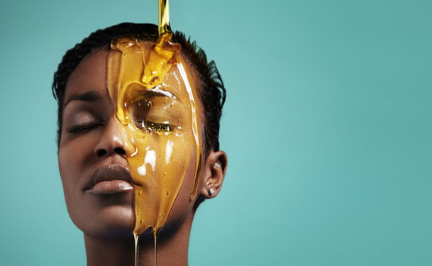 Natural Mole Removal: Honey