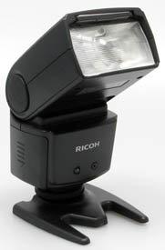 ricoh_gxr_external_flash.jpg