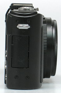 Panasonic_DMC-LX5_side_rt.jpg