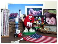 http://www.steves-digicams.com/camera-reviews/ge/e1410sw/GEDC0051.JPG