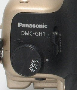 panasonic_gh1_controls_top1.jpg