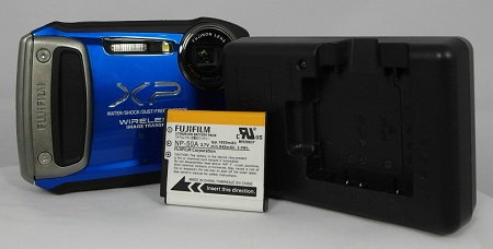 XP170 battery and charger.jpg
