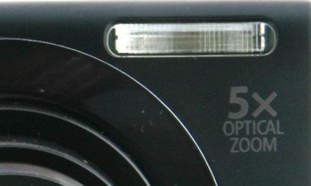 Canon PowerShot A3400 IS_closeup-flash.jpg
