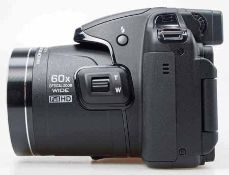 Nikon_Coolpix_P600-sideb.jpg