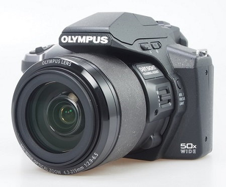 Three quarters view lens in.jpg