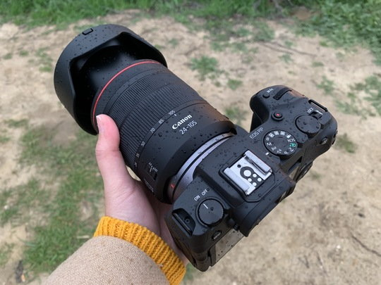 Sony24-105mm_ProductImage_02.JPG