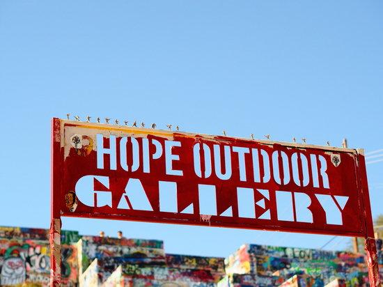 Olympus_PEN-F_Hope_Outdoor_Gallery.jpg