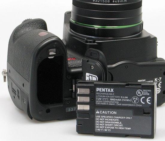pentax_k7_battery.jpg