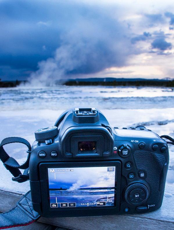 Canon_EOS_6D_MarkII_Product Shots-3.jpg