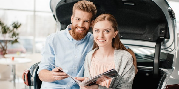 Short- vs. Long-term Car Loans - Banner